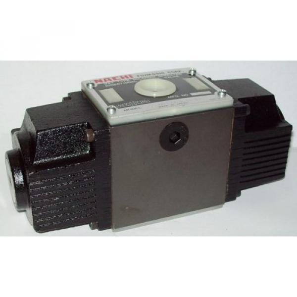 D05 Belarus 4 Way 4/3 Hydraulic Solenoid Valve i/w Vickers DG4S4-016C-WL-H 24 VDC #1 image