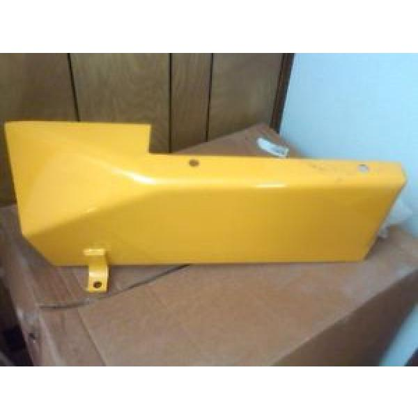 New Reunion  OEM Komatsu D20 D21 side covers left or right -5, -6, -7 #1 image