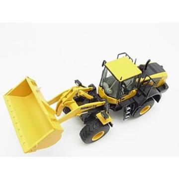 New! Reunion  Komatsu wheel loader WA380-7 1/50 NZG diecast model f/s from Japan