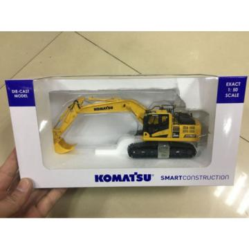 KOMATSU Laos  PC200i-10 Japanese Edition INTELLIGENT MACHINE 1/50 By Universal Hobbies