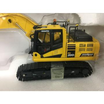 KOMATSU Malta  PC200i-10 INTELLIGENT MACHINE 1/50 scale model by Universal Hobbies