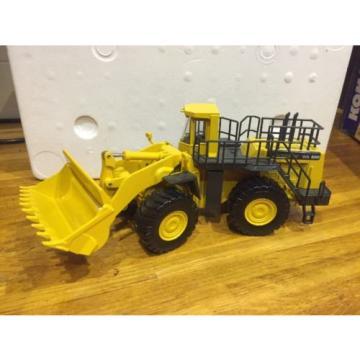 Joal Suriname Komatsu WA800 - 3 Wheel Loader/ Loading Shovel 1:50th Scale