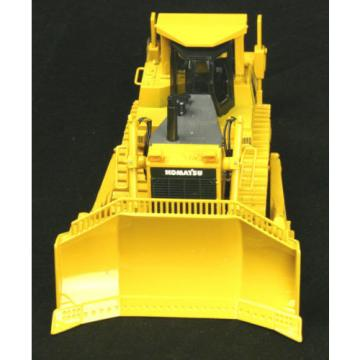 FIRST Luxembourg  GEAR Komatsu D375A Bulldozer Crawler w/ Ripper Tractor Collector Toy 1/50