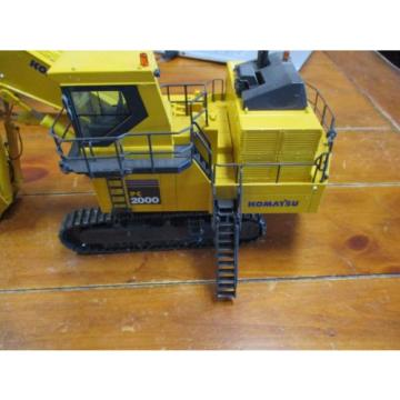 KOMATSU Solomon Is  PC2000-8 FRONT SHOVEL MINING EXCAVATOR - 1:50 Scale by NZG