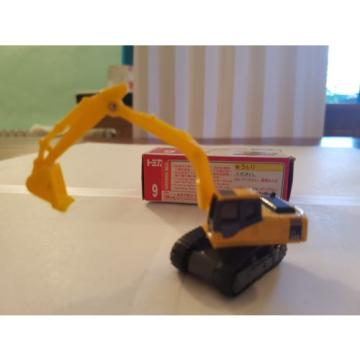 1 Guyana  122 Komatsu Power Shovel PC200 by Takara Tomy