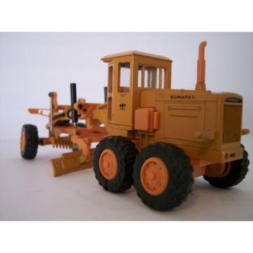 VINTAGE Costa Rica  DIAPET KOMATSU GD605A MOTOR GRADER 1:50 SCALE ORANGE VERSION (T-74) NBOX