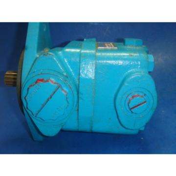 Origin Fiji  VICKERS HYDRAULIC PUMP, V20F 6S5T 15C 8K 22 107, Origin IN BOX