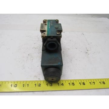 Vickers Bahamas DG4V-3S-7C-M-FW-B5-60 Solenoid Operated Directional Valve 110/120V