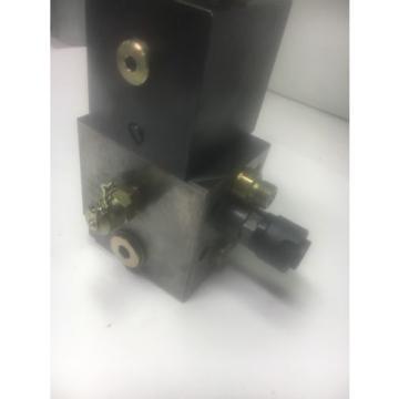 Vickers SamoaWestern XFD50RH-AHD Coil W/ Hydraulic Manifold Blocks Warranty Fast Shipping