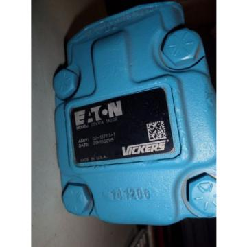 Vickers United States of America  V10 Series Single Vane Pump, 2500 psi Maximum Pressure, 3 gpm Flow Rate