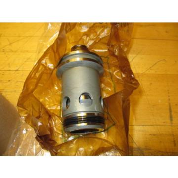 Vickers Mauritius  CVI 32 R15 M 50 Slip in Hydraulic Cartridge Valve NOS, Missing Top Oring