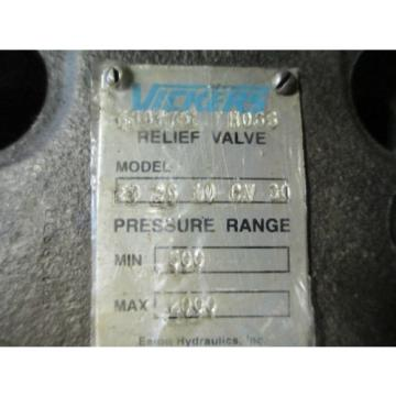 VICKERS Netheriands  HYDRAULIC RELIEF VALVE F  CG 10 CV 30 , 500  -  2000 PSI  63375 H06S NOS