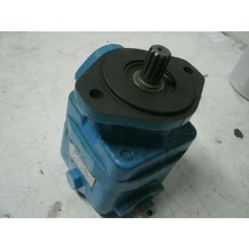 EATON Gambia  VICKERS POWER STEERING PUMP # V20F-1P6P-38C8H-22L V20F1P6P38C Origin