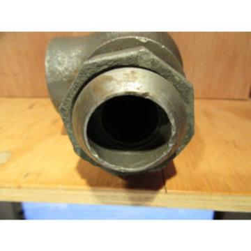 Origin Costa Rica  OLD STOCK VICKERS DETROIT C2-815-S3 CHECK VALVE 5599 RIGHT ANGLE