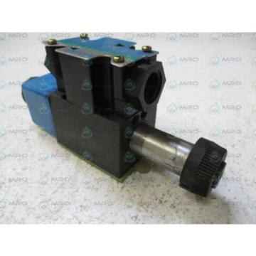 VICKERS Laos DG4V-3S-2C-M-FW-B5-60 HYDRAULIC SOLENOID VALVE AS PICTURED USED