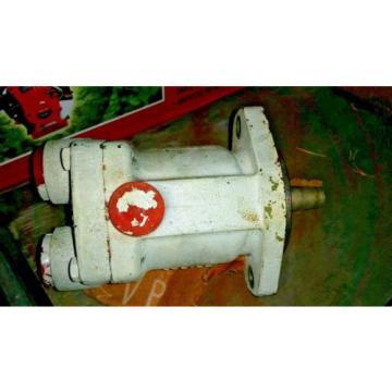 399-0085 Liberia ONAN  HYDRAULIC OIL MOTOR VICKERS L5-MFB5-U-20   Origin OLD STOCK