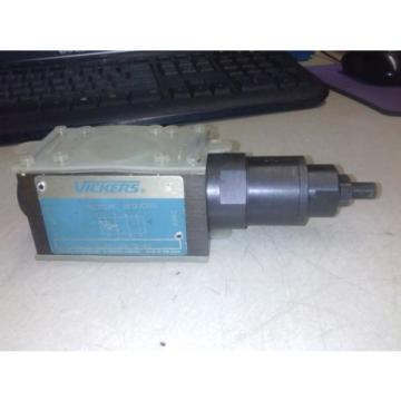 VICKERS Cuinea  DGMX2-3-PP-AW-S-40 HYDRAULIC PRESSURE REDUCING VALVE Origin NO BOX