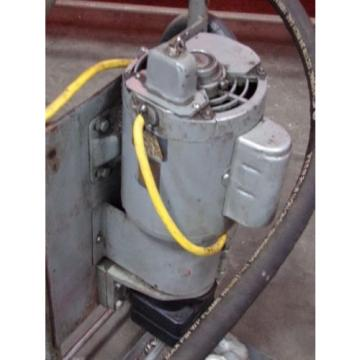 Vickers Guyana Low Pressure Return Line Hydraulic Filter - Model OFM202  Portable