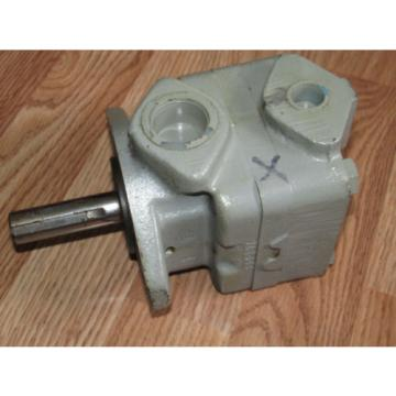 Barn Honduras  Find       VICKERS VANE PUMP    V2308 1C 12L Original