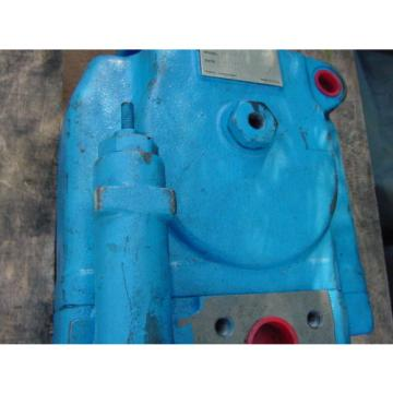 VICKERS Barbados  PVH131QIC-RCF-3S-10-CM7 HYDRAULIC PUMP MODEL 02-142615