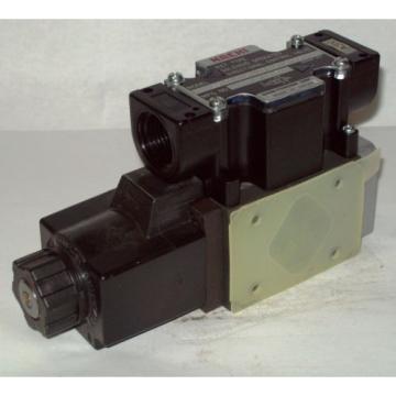 D03 Macao 4 Way 4/2 Hydraulic Solenoid Valve i/w Vickers DG4V-3-2A-WL-100V 100 VAC