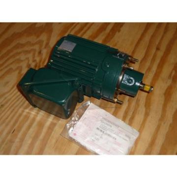 Sumitomo SM-Cyclo Gear motor CNFMS-01-4075-YA 1/8 HP 135 RPM TC-EX 230/460VAC