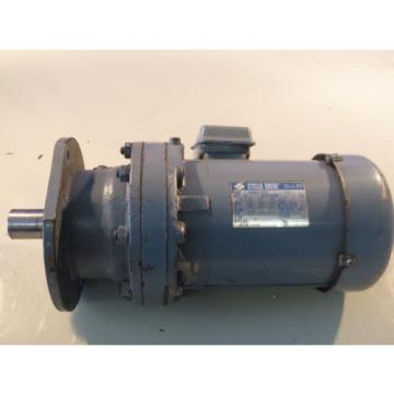SUMITOMO CYCLO DRIVE INDUCTION MOTOR VMS02-209 TC-F TYPE 3 PHASE