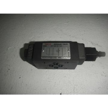 Nachi Japan OCY-G01-B-Y-20 D03 Hydraulic Flow Control Valve