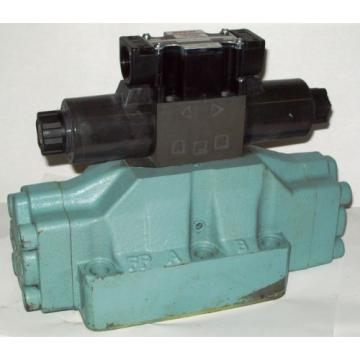 D08 United States of America  4 Way 4/2 Hydraulic Solenoid Valve i/w Vickers DG5S-8-S-2N-WL-H 24 VDC