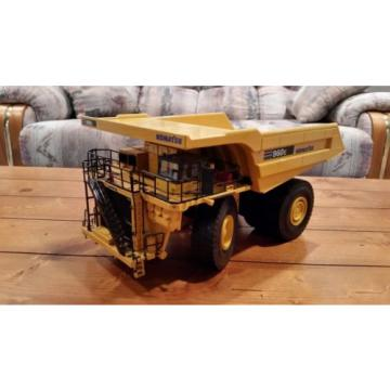 First Niger  Gear Komatsu 960 E Mining Dump Truck Diecast Model 1/50 Scale *NEW *
