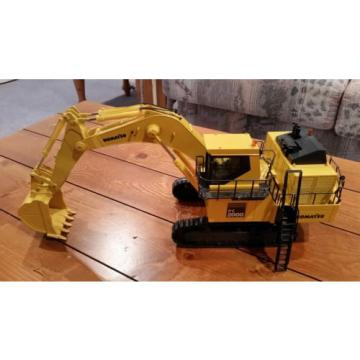Komatsu Liechtenstein  PC 3000 & PC 2000 Mining Shovel Excavators 1/50 Scale *NEW * Lot of 2!