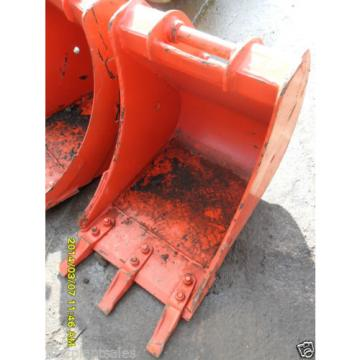 "18"" Samoa Western  KOMATSU PC30/35 Digging bucket Pin 35mm D/W 145mm C/C 200mm (674/721)"