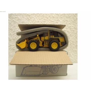 KOMATSU Barbados  CONRAD  WA 470-3 - 2424/07 MINT CONDITION.