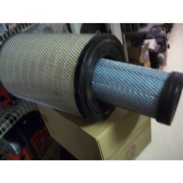 Genuine Ecuador  Komatsu  Inner And Outter Air Filter Kit Part Number  600-185-5100 #2 image