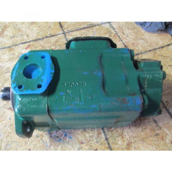 VICKERS Cuba 4525V60A21 1 AA  22 L  HYDRAULIC VANE DOUBLE PUMP REBUILT   60 amp; 21 GPM #1 image