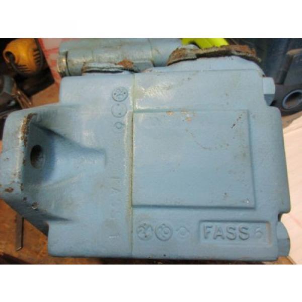 Hagglunds Denison Hydraulic Vane Motor #2 image