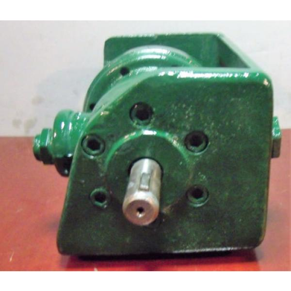 Vickers Netheriands Hydraulic Pump with Bracket V 2113 G 10 LH #3 image