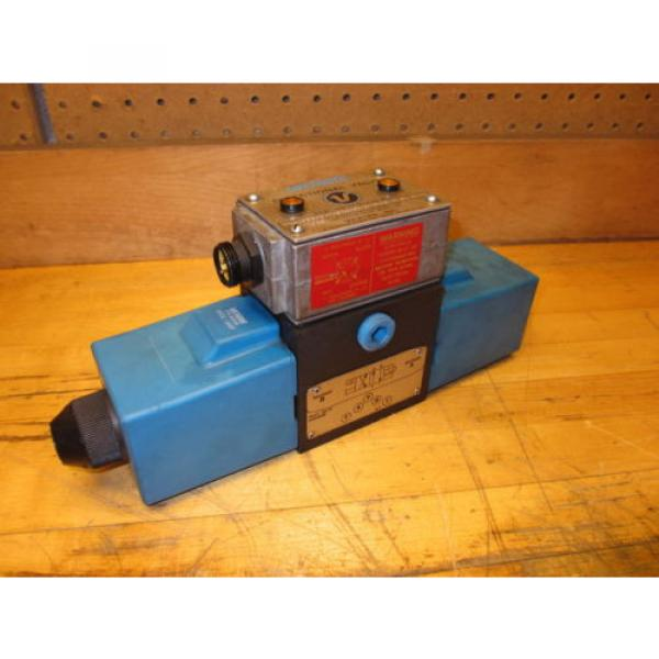 Vickers Netheriands PA5DG4 S4LW 012N H 61, Hydraulic Directional Pilot Valve Coils 24VDC #1 image
