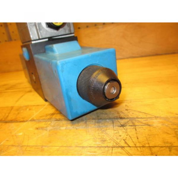 Vickers Netheriands PA5DG4 S4LW 012N H 61, Hydraulic Directional Pilot Valve Coils 24VDC #10 image