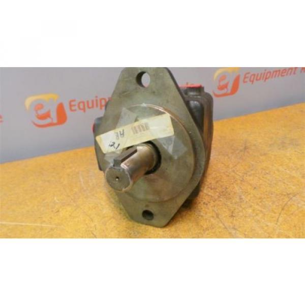 Vickers Moldova,Republicof 35V35A1C22B Hydraulic Vane Pump Rebuilt #2 image