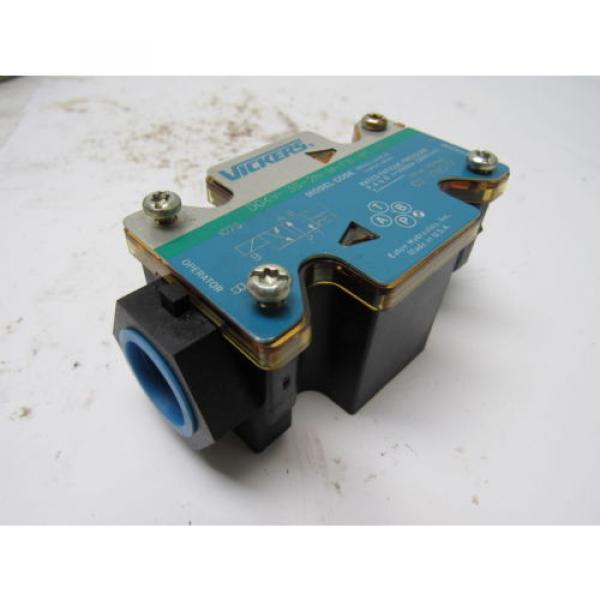 Vickers Liechtenstein 02-109577 DG4V-3S-2N-M-FW-B5-60 Hydraulic Directional Control Valve #8 image