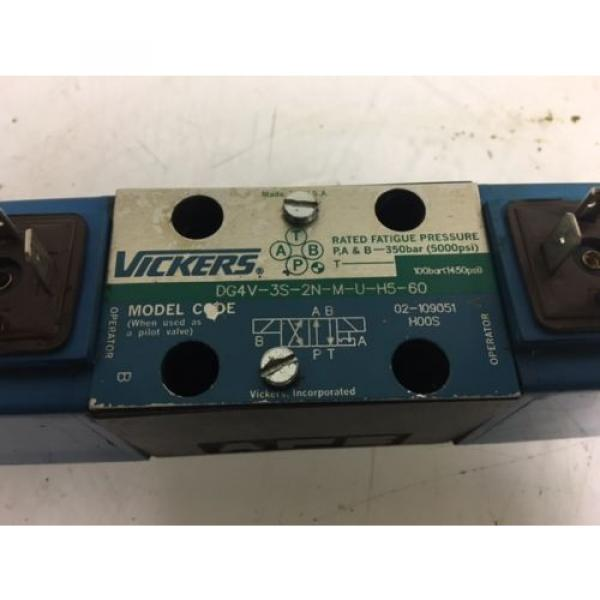 Vickers Botswana Hydraulic Valve, DG4V-3S-2N-M-U-H5-60, 24V Solenoid, Used, WARRANTY #2 image