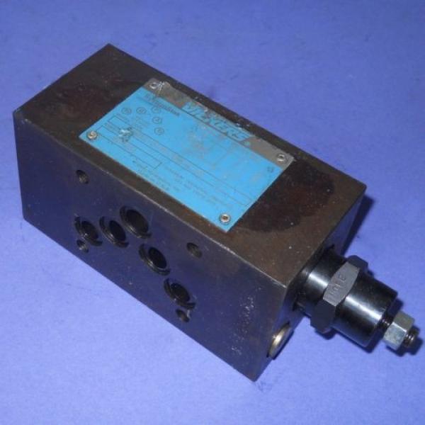 VICKERS Guyana PRESSURE REDUCING HYDRAULIC VALVE GMX2-5-PP-BW-S-30 #3 image