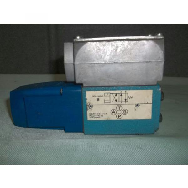 Used Gambia Sperry Vickers DG4V 3 2A W B 12 Pilot/Directional Valve 110-120VAC 50/60Hz #1 image