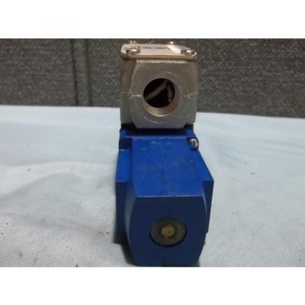 Used Gambia Sperry Vickers DG4V 3 2A W B 12 Pilot/Directional Valve 110-120VAC 50/60Hz #5 image