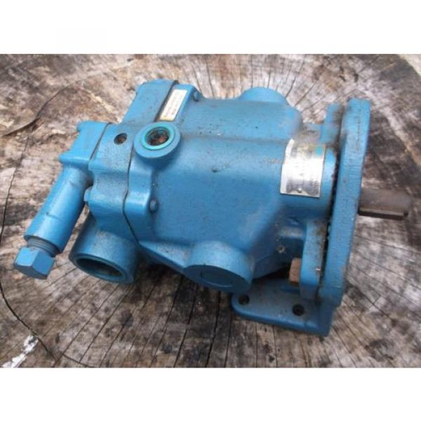 Large Gambia  Vickers Hydraulic Pump -Origin- #1 image