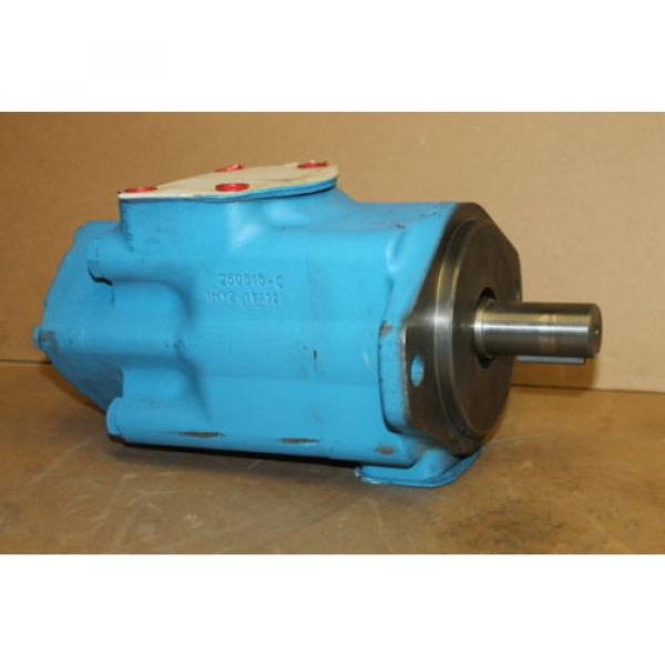 Hydraulic France  vane double pump, 30GPM/8GPM, 3000PSI, 3520VQ30A8-1AA20 Vickers #1 image