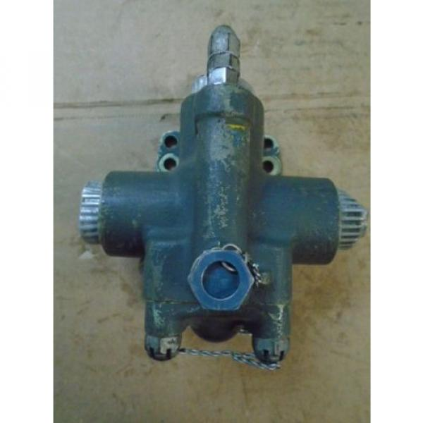 1 Brazil EA USED VICKERS HYDRAULIC SAFETY RELIEF VALVE FOR VINTAGE AIRCRAFT P/N AA11602 #5 image