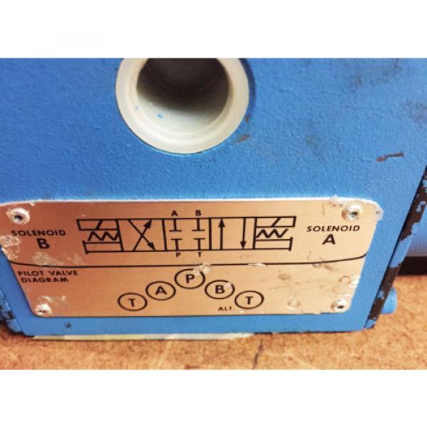 Vickers SolomonIs Hydraulic Directional Valve 586694 DG 4S 4W 012C 24DC 50 #4 image