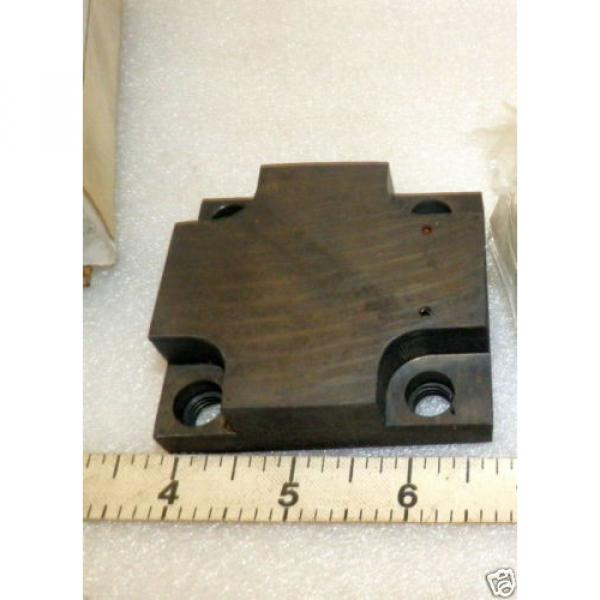 One Gibraltar Replacement Cap for Hydraulic Pump  Vickers 309913 #5 image